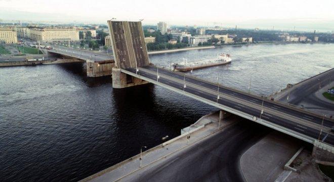Высокоскоростной беспроводной канал передачи данных на участке «Володарский мост – Невский путепровод»